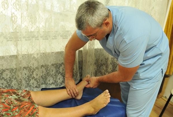 Десетки пациенти с безплатни консултации във ВМА за съдови заболявания