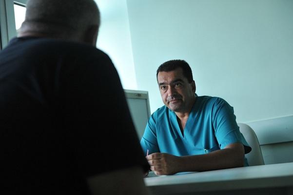 Кампанията за безплатни прегледи за хернии във ВМА продължава и през септември