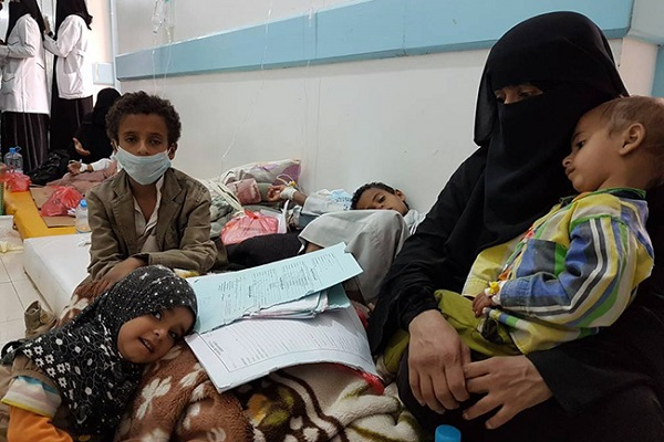 Епидемия от холера в Йемен, 360 000 в плен на болестта