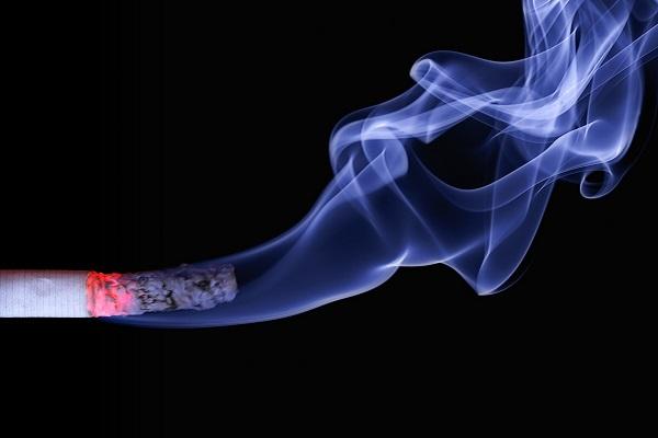 Не никотинът, а димът от цигарите е опасен за здравето