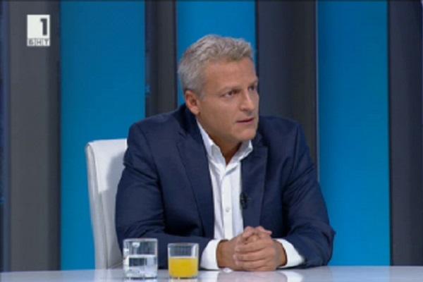 Проф. Петров има желание за реформа, но се притеснявам, че няма политическа подкрепа