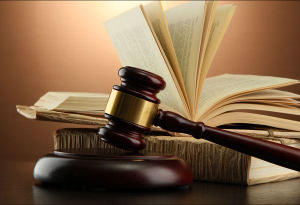 Двегодишна условна присъда получи мъж, представял се за лекар