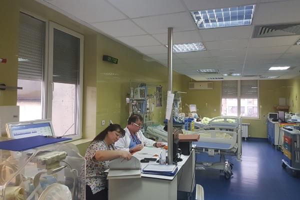 """Деца от цялата страна с тежки усложнения от грип приемат в """"Пирогов"""""""