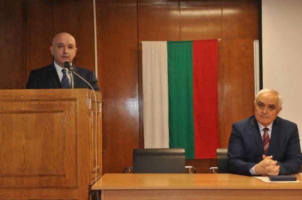Официално представиха ген. Мутафчийски като началник на ВМА