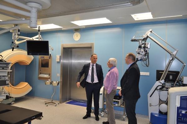 "Италианска асоциация дари 22 болнични легла на УМБАЛ ""Свети Георги"""