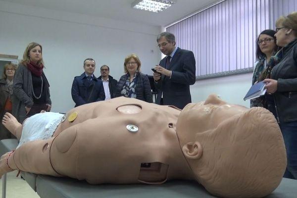 28 европейски делегати посетиха Технологичен център за спешна медицина в МУ-Пловдив