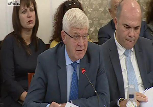 Министър Ананиев: Безкрайно уважавам вашия опит и експертиза