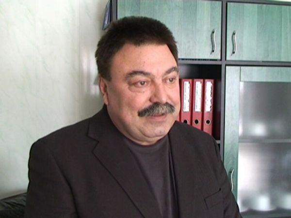 Д-р Валери Симеонов отново шеф на ЦСМП в Перник