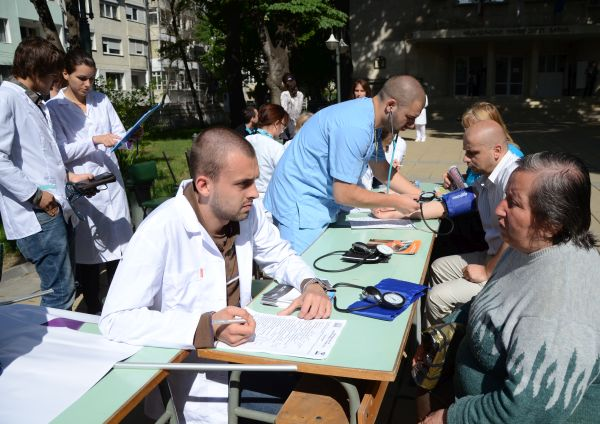 МУ-Варна се включва в национална здравна кампания за измерване на кръвно налягане