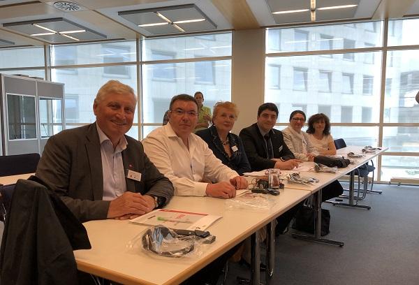"""""""Александровска"""" представи опита си за преодоляване на burnout на среща в Германия"""
