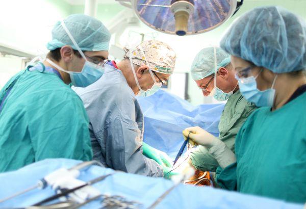 Във ВМА спасиха жена с рядък тумор