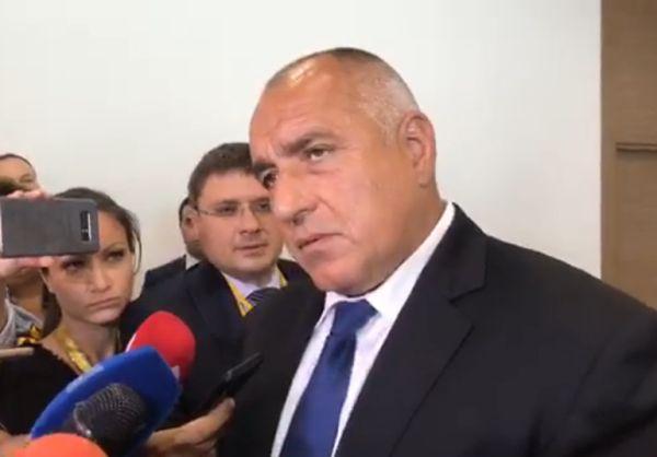 Бойко Борисов отхвърли оставката на Бисер Петков
