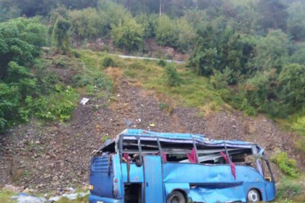Четирима пострадали при катастрофата в Своге още са с опасност за живота