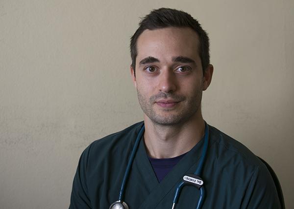 Д-р Даниел Дончев: Много е висока цената, която плаща човек, за да бъде медик