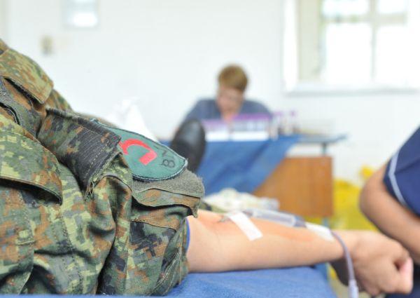 2000 военнослужещи са дарили кръв от началото на годината