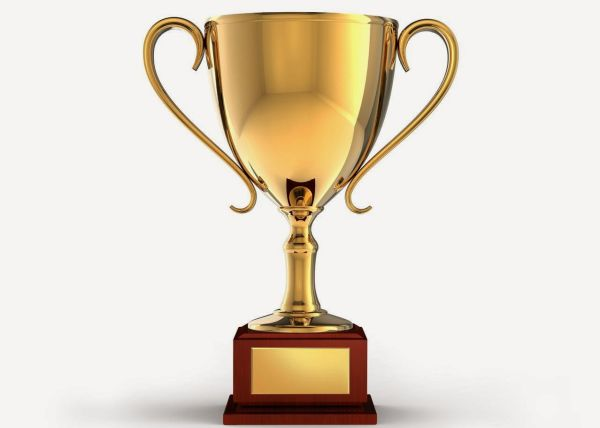 """Първи годишни награди """"Лекар на годината"""" връчва СЛК"""
