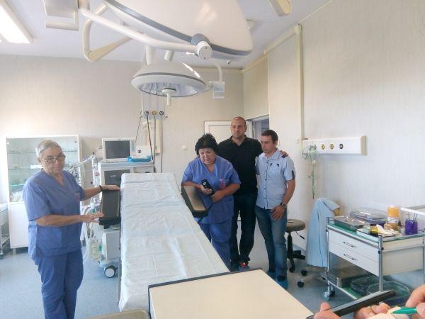 """Детската хирургия на УМБАЛ """"Свети Георги"""" получи операционна маса за 22 хил. лева"""