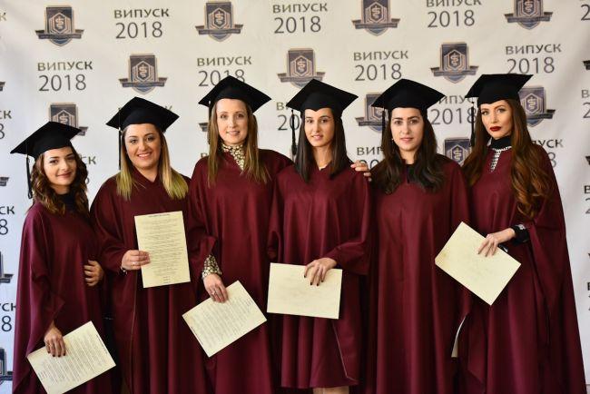 56 дипломанти по дентална медицина положиха клетва във Варна