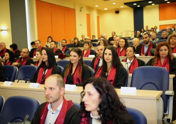 54 лекари получиха своите дипломи в МУ - Пловдив