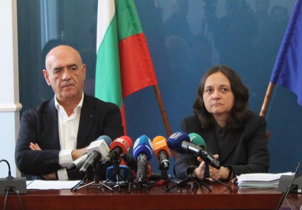 Жени Начева: Първото прелицензиране ще е безплатно за лечебните заведения