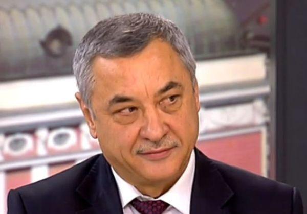 Парламентът гласува оставката на Валери Симеонов