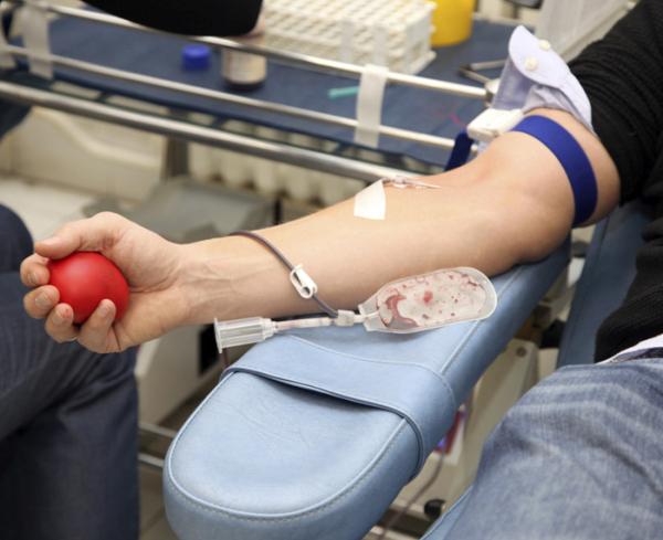 Кръводарителска акция във ВМА