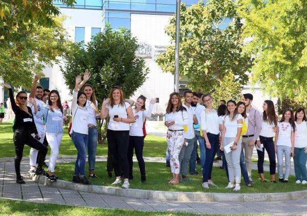 Кандидатите за лекари посрещат в Медицински университет - Пловдив
