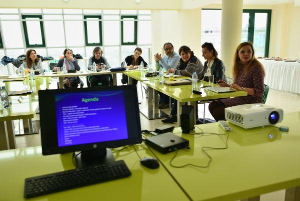 МУ-Варна събра елита на европейската офталмология