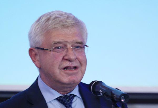 Кирил Ананиев: Заплатите на персонала могат да бъдат увеличени още от началото на тази година