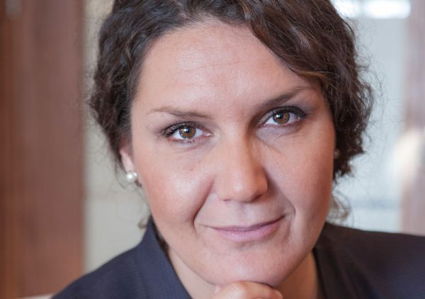 Боряна Маринкова: Паралелният износ на лекарства може да се справи с недостига им