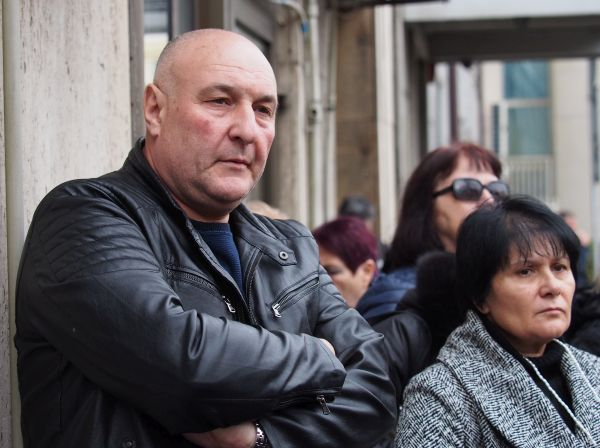 Фелдшери от цялата страна протестираха в София