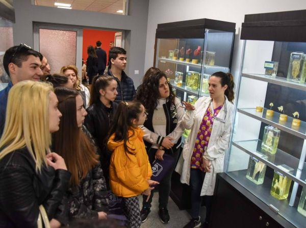 Над 2000 човека посетиха МУ-Варна в дните на отворени врати