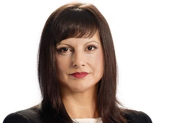Д-р Даниела Дариткова сменя Цветанов като лидер на ГЕРБ в парламента