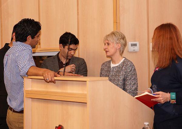 Британските студенти от МУ-София се срещнаха с посланик Ема Хопкинс