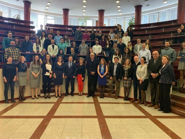 Да си лекар в България не е лесно, но е престижно