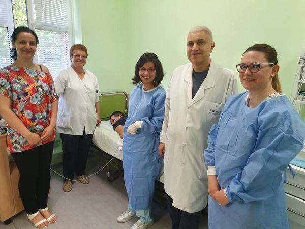 """15-годишно момче е първия пациент, лекуван със Спинраза, в УМБАЛ """"Александровска"""""""