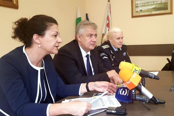 """Обучават служителите на """"Пирогов"""" да разпознават жертвите на домашно насилие"""