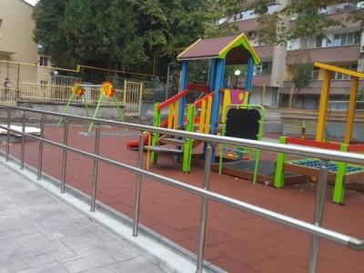 Две детски градини в София ще работят за децата на медиците