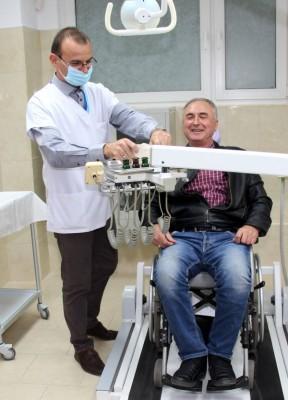 За първи път у нас откриха стоматологичен кабинет за хора с увреждания