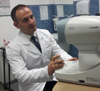 Доц. Александър Оскар: Детската офталмология избра мен