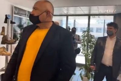 Борисов: Да се зададе въпрос, че има медик без облекло, просто ме взривява