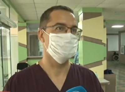 Преболедувалият COVID-19 хирург в Бургас, вече оперира
