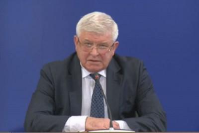 Здравният министър: В домовете за деца и стари хора има достатъчно предпазни средства
