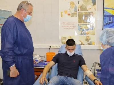 Излекувани от COVID-19 станаха донори на плазма във ВМА