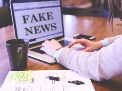 Най-малко 800 души в света са починали заради фалшиви новини за COVID-19