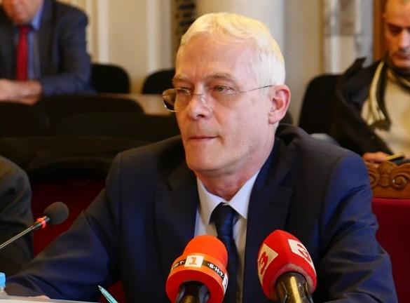 Проф. Салчев: Трябва да се намалят доплащанията, които са най-големи при лекарствата
