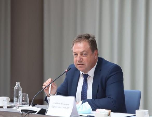 Д-р Маджаров: Изправени сме пред бездна, която ще се отвори до 4-5 години