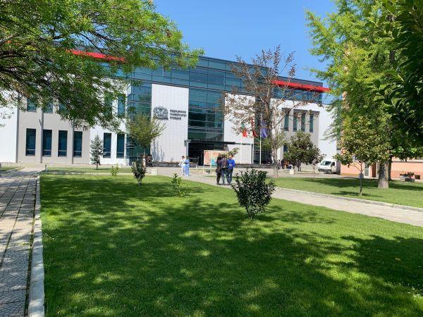 МС откри научноизследователски институт в МУ-Пловдив