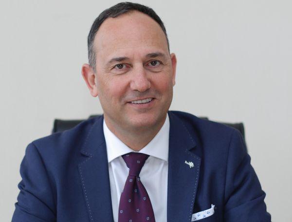 Проф. д-р Карен Джамбазов оглави сдружението по оториноларингология, хирургия на глава и шия