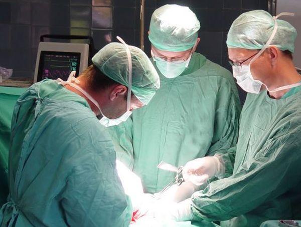 За първи път в България направиха белодробна трансплантация